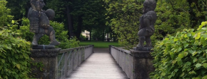 Mirabellgarten is one of สถานที่ที่ Paula ถูกใจ.