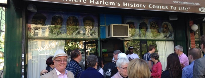 Harlem Heritage Tours (Harlem Heritage and Cultural Center) is one of Locais curtidos por Hello Couture.
