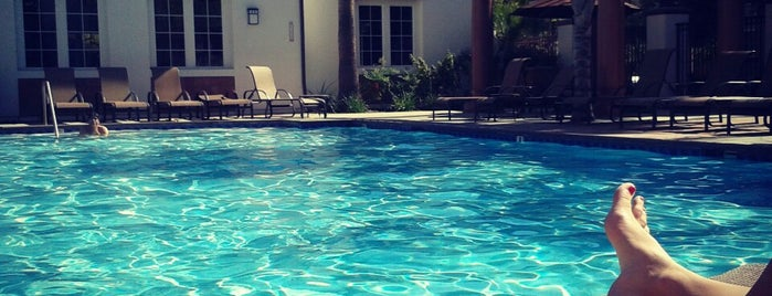 College Park Apartments Pool is one of Marlieさんのお気に入りスポット.