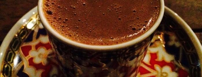 Nev-i Cafe is one of İstanbul'da Türk Kahvesi Nerede İçilir?.