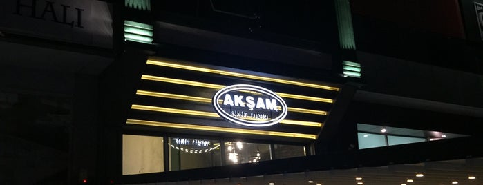 Akşam Simit is one of Lugares favoritos de Ahmed Said.
