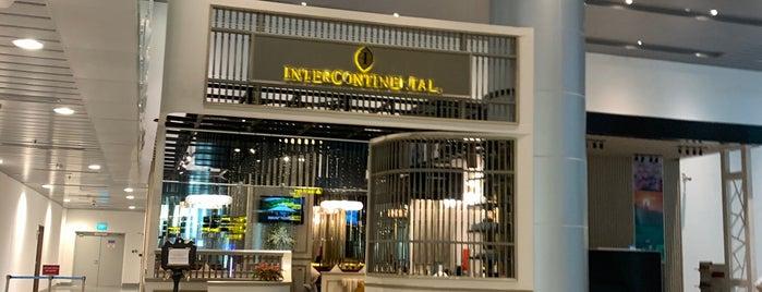 Intercontinental Danang Airport Lounge is one of ベトナム*ダナン*ホイアン.