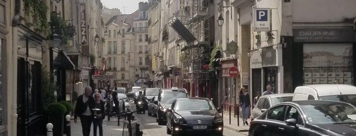 Rue Dauphine is one of Locais curtidos por Gamze.