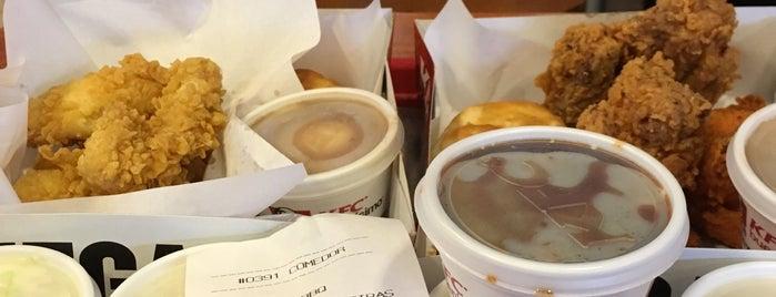KFC is one of Roberto J.C.'ın Beğendiği Mekanlar.