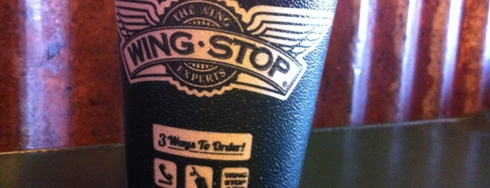 Wingstop is one of Lugares favoritos de Shawn.