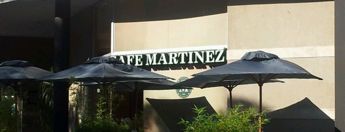 Cafe Martinez is one of Lugares favoritos de José.