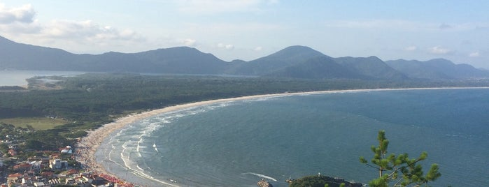 Praia da Barra da Lagoa is one of Lieux qui ont plu à Carol.