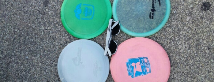 Valley View Disc Golf Course is one of Locais curtidos por Maria.