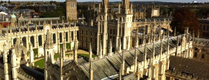 All Souls College is one of Oxford.