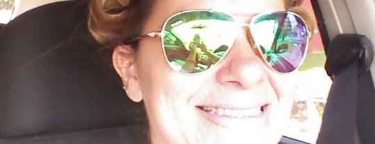 Hair Style Sergio Lacerda is one of Jacqueline'nin Beğendiği Mekanlar.