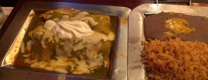 Sylvia's Enchilada Kitchen is one of Steve 님이 좋아한 장소.