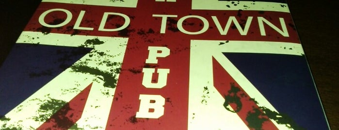 Old Town Pub is one of Carina 님이 저장한 장소.