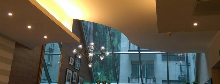 Hotel Ambra is one of Posti che sono piaciuti a Mariya.