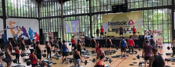 Gold's Gym is one of Lugares favoritos de iRMa.