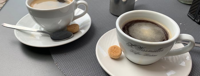 Tachelesz Cafe & Bistro is one of Kaffee und Kuchen FFM.
