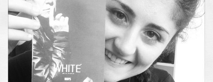 Fiera White is one of Posti salvati di Elena.