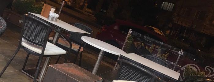 Onur Pasta Cafe is one of Tempat yang Disukai Mesrure.