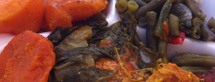 Manna's Soul Food & Salad Bar is one of Brooklyn Eats.
