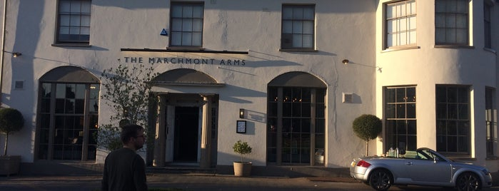 Marchmont Arms is one of Lugares favoritos de Carl.
