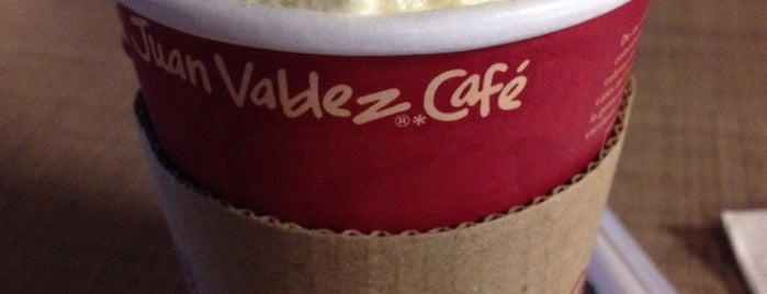Juan Valdez Café is one of สถานที่ที่ Ricardo ถูกใจ.