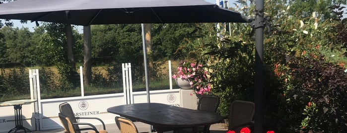 Hotel Restaurant De Harmonie is one of Giethoorn.