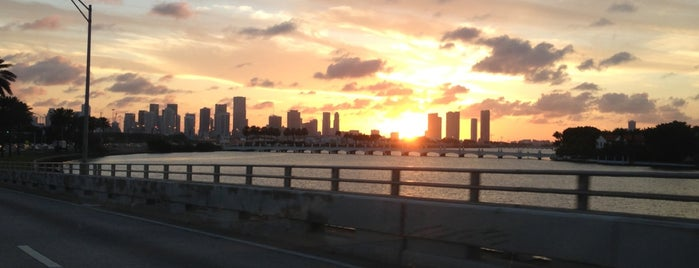 Miami Skyline is one of Miami.