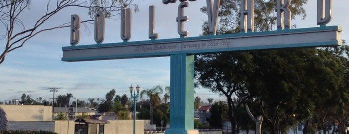 The Boulevard Sign is one of Locais curtidos por Alfa.