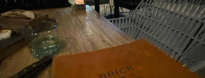 Brick Steakhouse is one of Lieux sauvegardés par Fabiola.