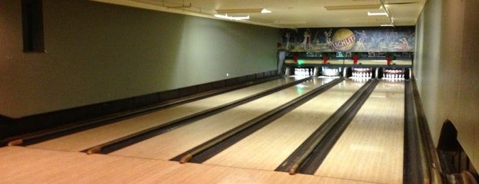 Southport Lanes & Billiards is one of Bars.