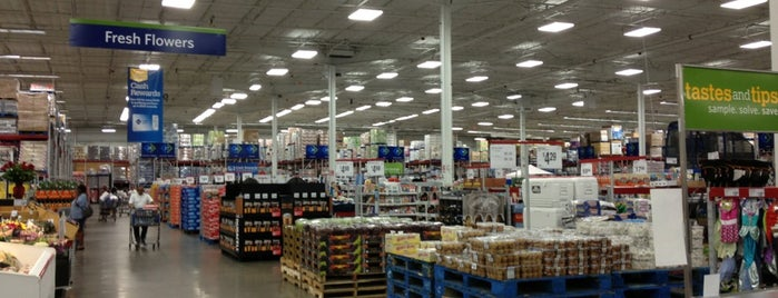 Sam's Club is one of Tempat yang Disukai Aptraveler.