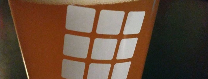 Rubik Restobar is one of Chillin.