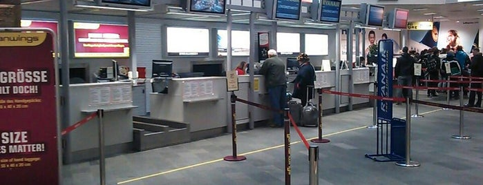 Flughafen Klagenfurt (KLU) is one of Federicoさんのお気に入りスポット.