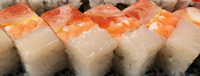 Toshi Sushi is one of Lugares guardados de Roger.