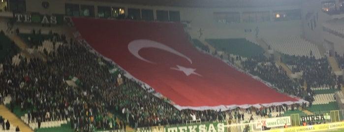 Bursa Büyükşehir Belediye Stadyumu is one of Check-in 4.