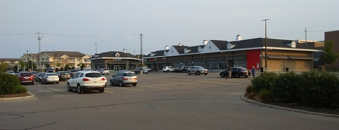 Laurelwood Commons is one of Laurelwood Favourites.