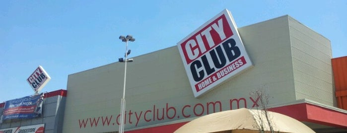 City Club is one of Orte, die Nora gefallen.