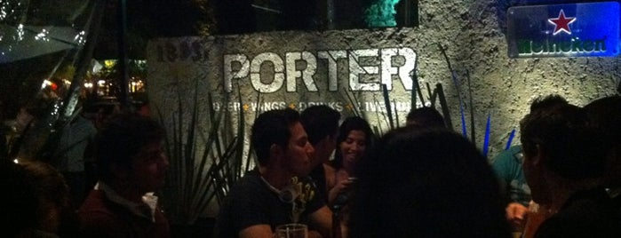 Porter Bar is one of Tempat yang Disukai Guillermo.