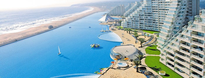San Alfonso del Mar is one of wonders of the world.