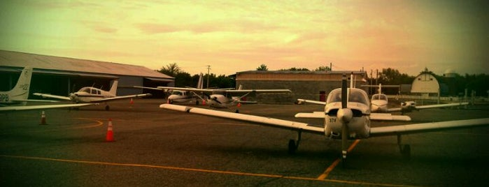 Flying Cloud Airport (FCM) is one of Hopster's Airports 2.