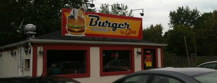 Burger 'n Que is one of Posti che sono piaciuti a Bill.