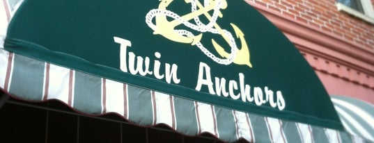 Twin Anchors Restaurant & Tavern is one of Chicago, IL.