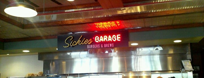Sickies Garage Burgers & Brews is one of Posti salvati di Christopher.