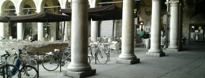 Piazza Cafè is one of Modena.