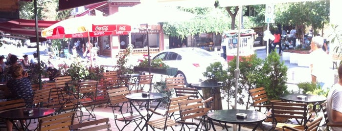 Cafe Firuz is one of taksim.