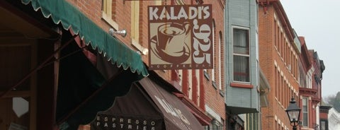 Kaladi's Coffee Bar is one of Posti che sono piaciuti a Mark.