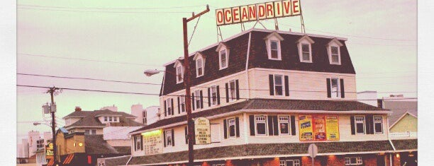 Ocean Drive Bar & Restaurant is one of Jersey Shore Hangs.