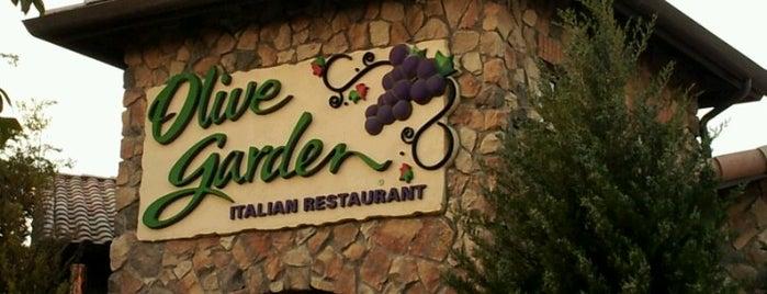 Olive Garden is one of Posti che sono piaciuti a Thomas.