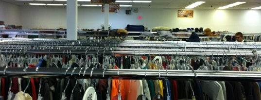 Thrift Shop is one of Thrifting.