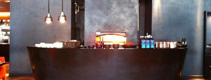 Cucina is one of Tempat yang Disimpan Artem.