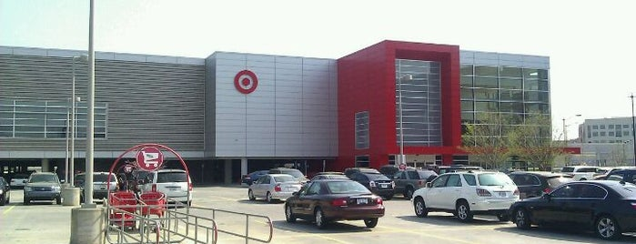 Target is one of Lugares favoritos de Maya.